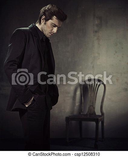 事務, 黑的背景, 衣服, 漂亮, 人 - csp12508310