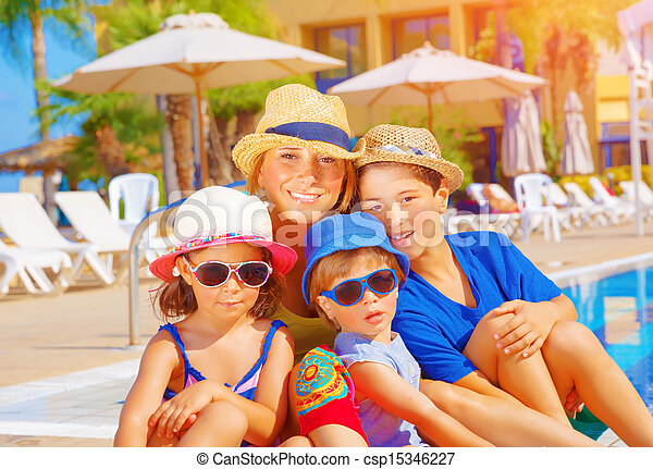 胜地, 孩子, 海灘, 母親 - csp15346227